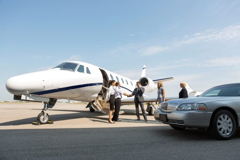 Limousine transfer to airport